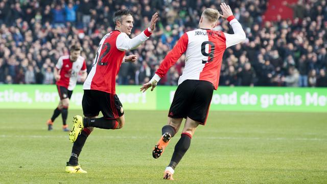 Van Persie en Jörgensen hervatten groepstraining bij Feyenoord