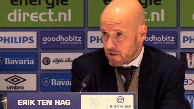 Ajax-Coach Ten Hag na verlies tegen PSV: 'We liepen achter de feiten aan'