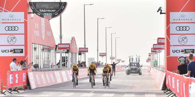Jumbo-Visma wint ploegentijdrit in VAE, Dumoulin met Sunweb tweede