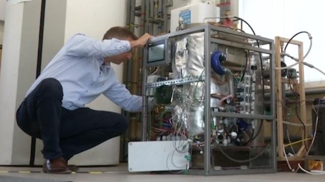 Britse uitvinder maakt machine die huis met afval van warmte voorziet
