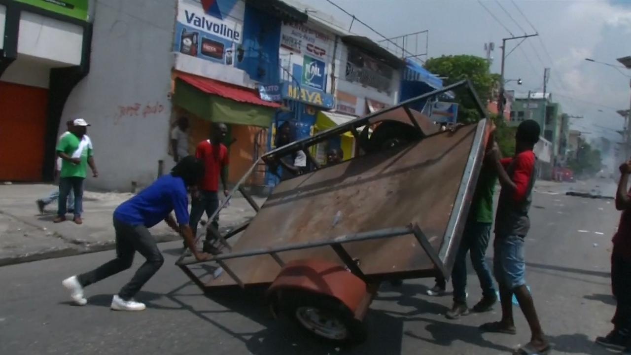 Haïtianen protesteren in Port-au-Prince tegen belastingverhoging