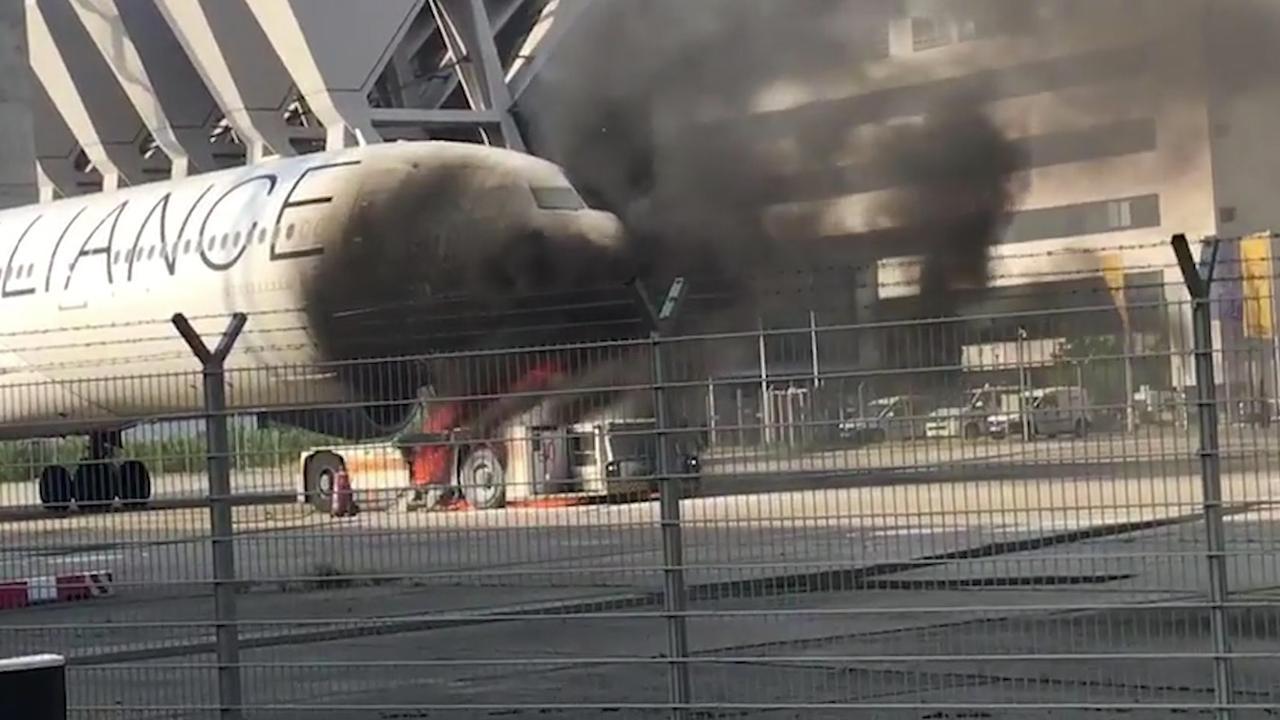 Sleepwagen vat vlam op vliegveld van Frankfurt