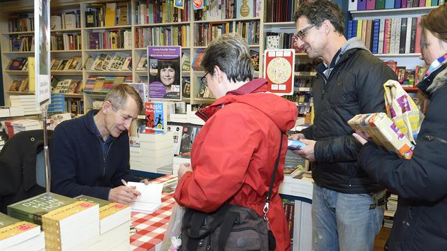 Signeersessie van Chris de Stoop in Goes