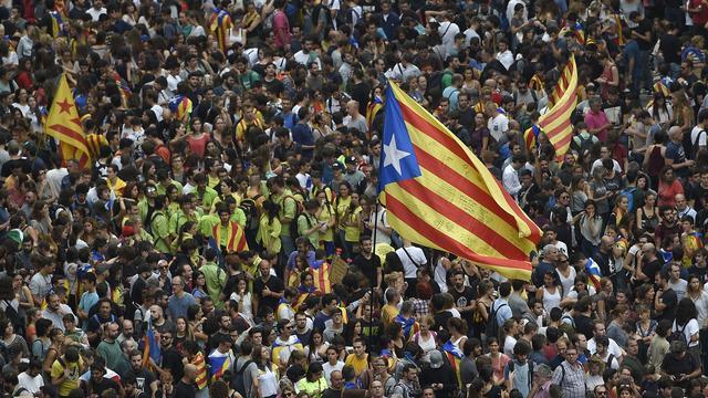 300.000 Catalanen protesteren tegen optreden politie bij referendum