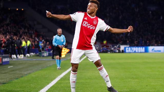 Ajax gaat om tafel met aanvaller Neres na concreet bod