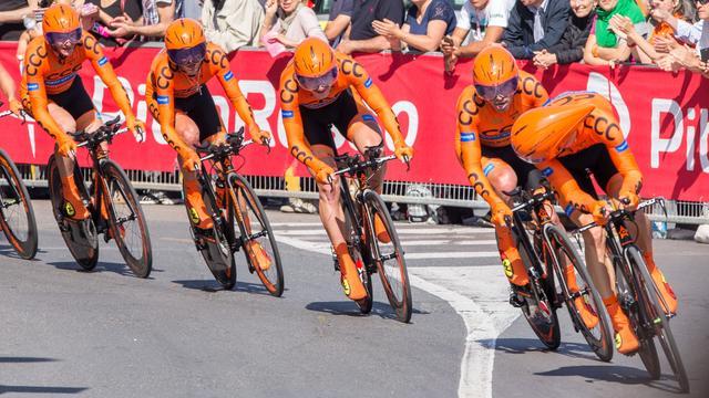 Alle fietsen CCC Sprandi in Limburg gestolen voor Amstel Gold Race