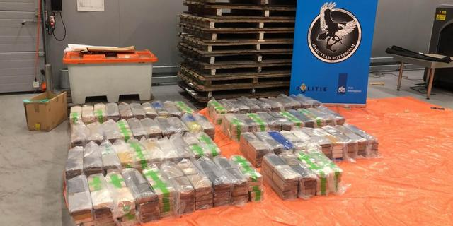 Douane onderschept 740 kilo cocaïne in Rotterdamse haven