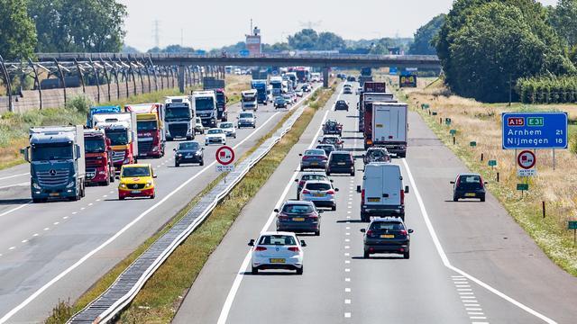Verkeerskundigen: Sneller thuis bij verlaging maximumsnelheid