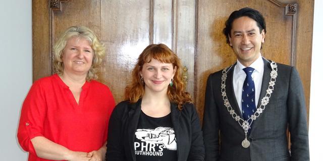 Mensenrechtenactiviste komt bij in Middelburg