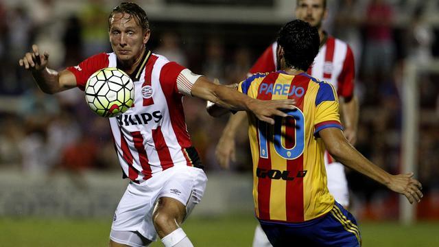 PSV sluit voorbereiding af met nipt verlies tegen Valencia