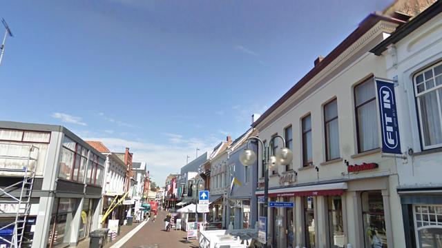 Drie personen gewond bij woningbrand in Roosendaal