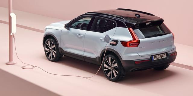 Volvo Cars gaat Tesla achterna in online verkoop van elektrische auto's