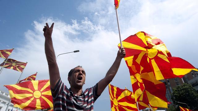 Duizenden inwoners Macedonië betogen tegen premier