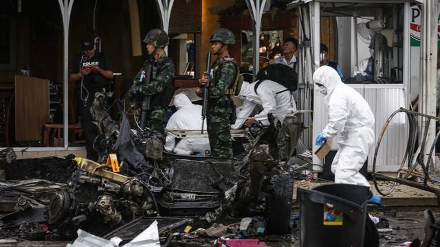 Tientallen gewonden bij dubbele explosie in Thailand