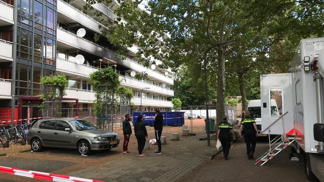 Identiteit van overledene bij flatbrand Haarlem nog niet bekend