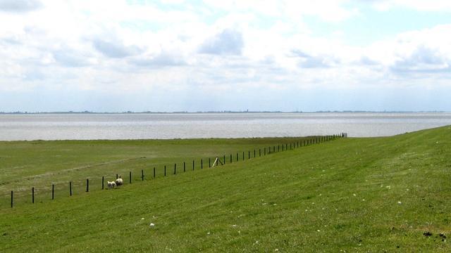 Onderzoek naar asbest in waddendijk Ameland