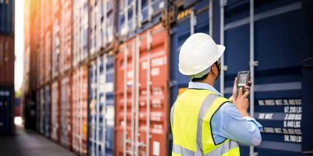 Douane onderschept 585 kilo cocaïne in container in Rotterdamse haven