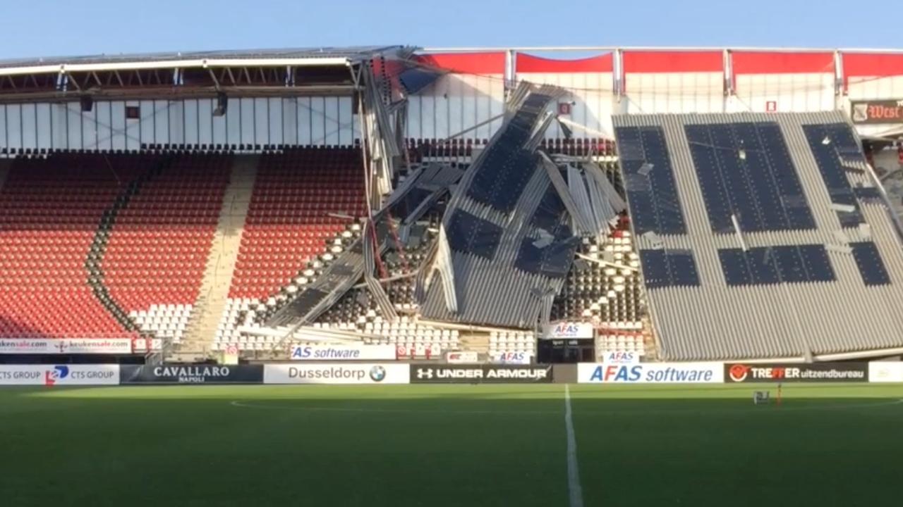 Dak AZ-stadion deels ingestort door harde wind