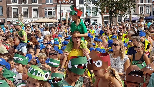 Leiden omarmt Trix tijdens manifestatie op Beestenmarkt