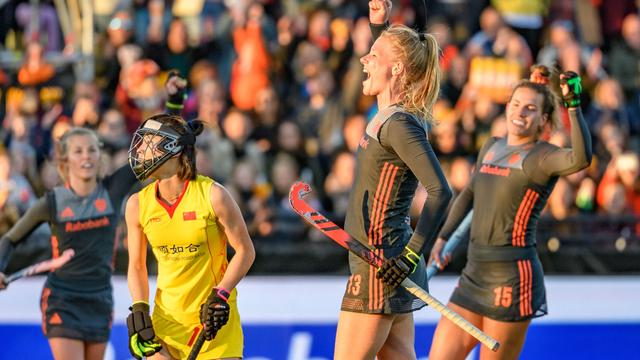 Hockeysters walsen over China heen in FIH Pro League