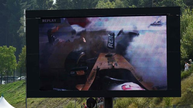 Magnussen houdt snee in enkel over aan zware crash in GP van België