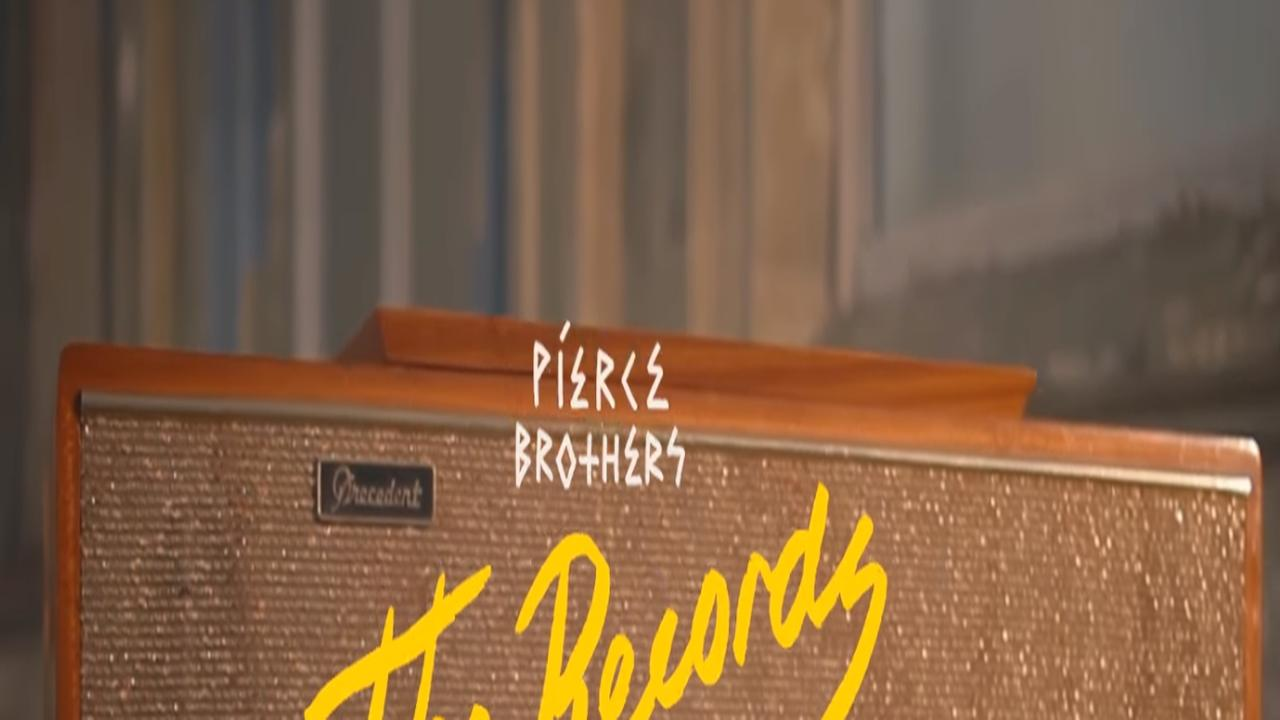 Bekijk hier The Records Were Ours van Pierce Brothers