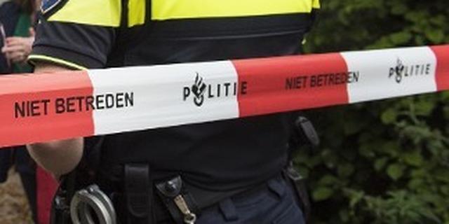 Botsing tussen twee auto's op Poeijersstraat in Eindhoven