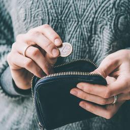 Praten over geldzorgen taboe: 'Mensen denken al snel dat het je eigen schuld is'