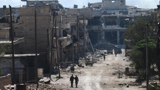 Twaalf doden bij luchtaanvallen op voedseltrucks Aleppo