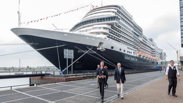 Overslag in zeehaven Amsterdam neemt af