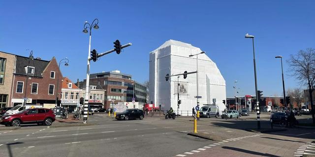 Amsterdamse Poort in Haarlem na weken (bijna) weer zichtbaar