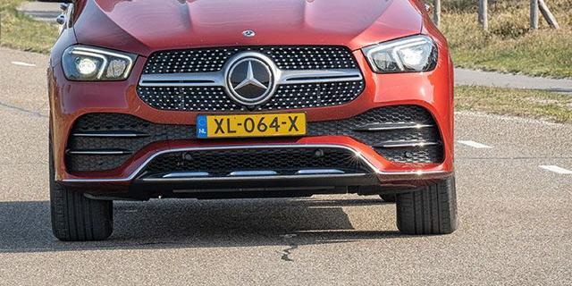Autofabrikanten BMW en Daimler aangeklaagd in strijd tegen klimaatverandering