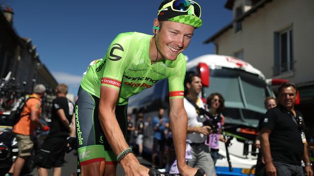 Van Baarle leed pijn in 'gekke' etappe met start bergop