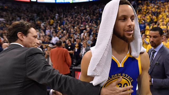 Golden State Warriors met overmacht naar Conference-finale NBA