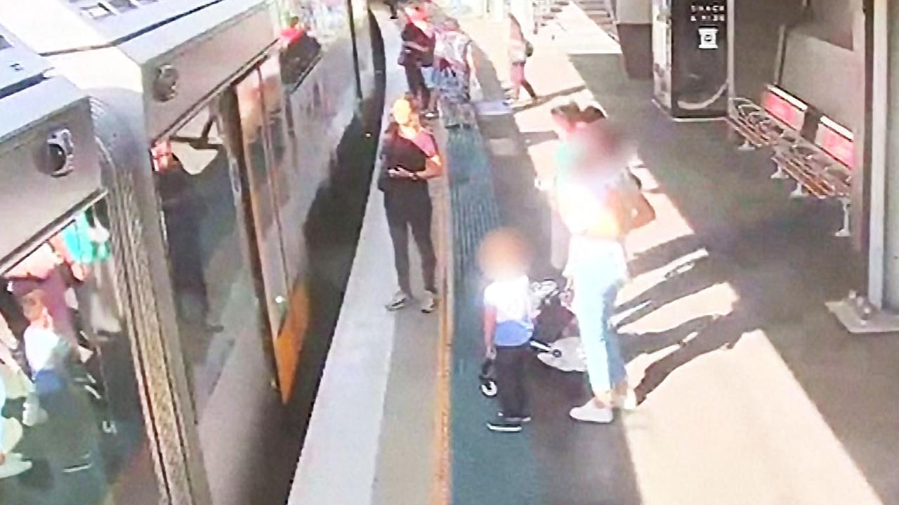 Australië deelt beelden van kind dat op spoor valt in Sydney