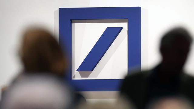 Duitse politie doet inval bij Deutsche Bank in witwasonderzoek