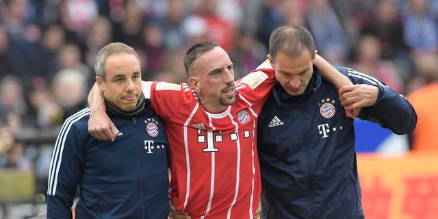 Bayern-aanvaller Ribéry weken aan de kant met scheur in knieband