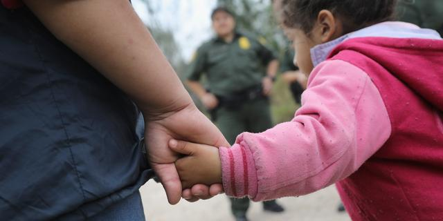 Rechter beveelt Amerikaanse regering migrantengezinnen te herenigen
