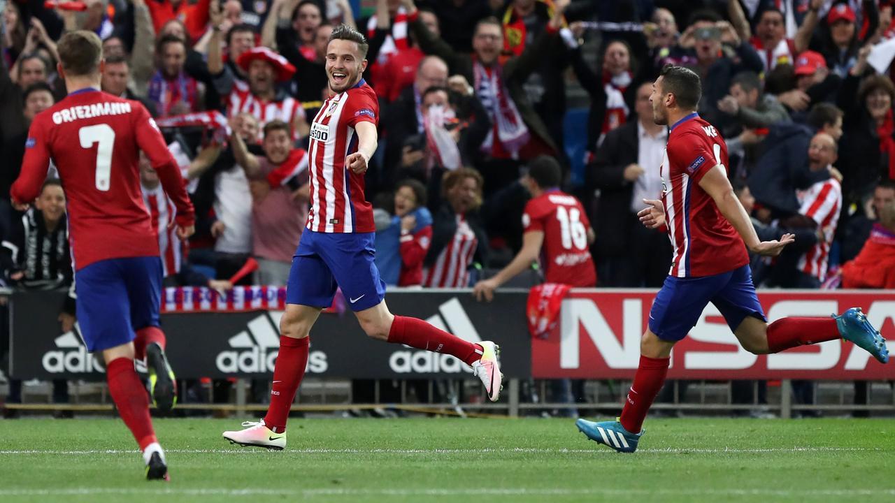 Atletico op 1-0 door prachtige goal