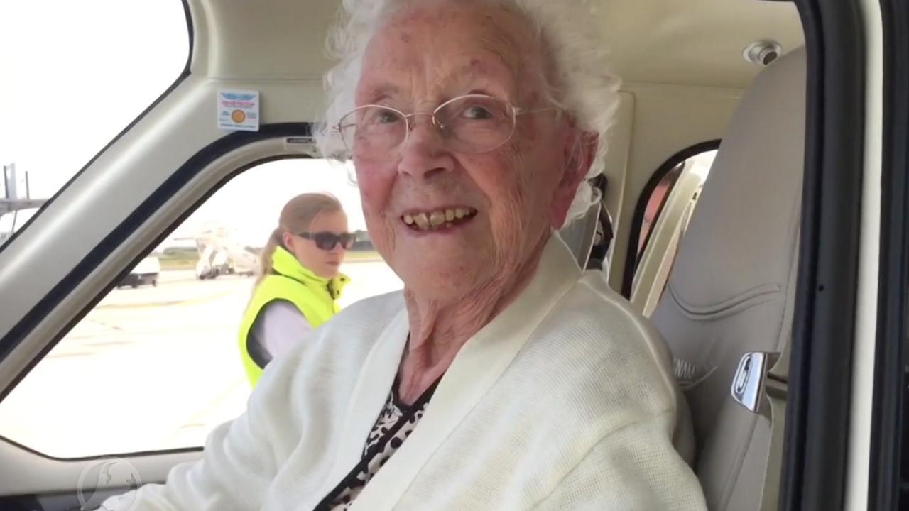 105-jarige uit Capelle aan den IJssel gaat voor het eerst vliegen