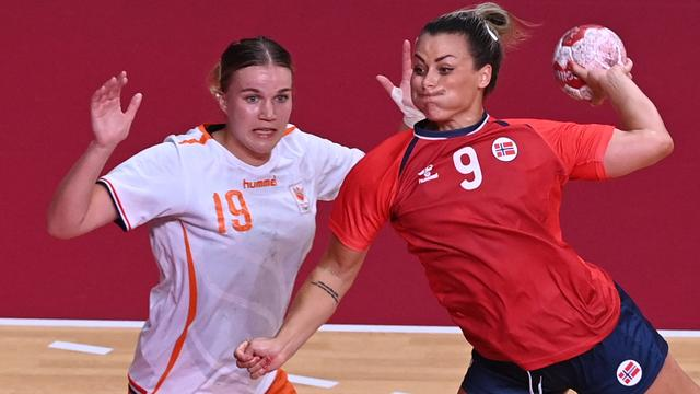 De Noorse speelster NoraMørkdeed Oranje pijn met negen doelpunten.