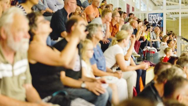 DOS organiseert wedstrijd damesturnen in Limeshal