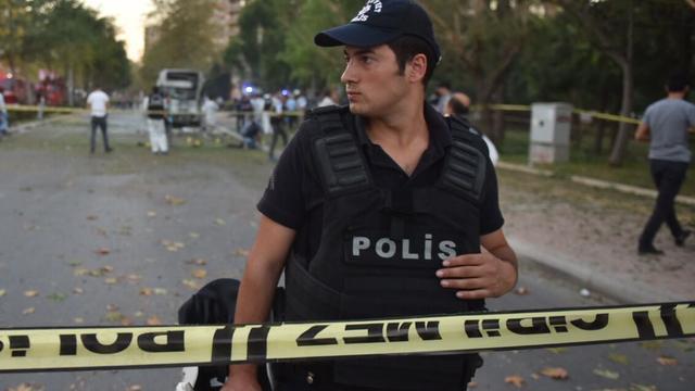 Turkije pakt 143 terreurverdachten op tijdens grote politieactie
