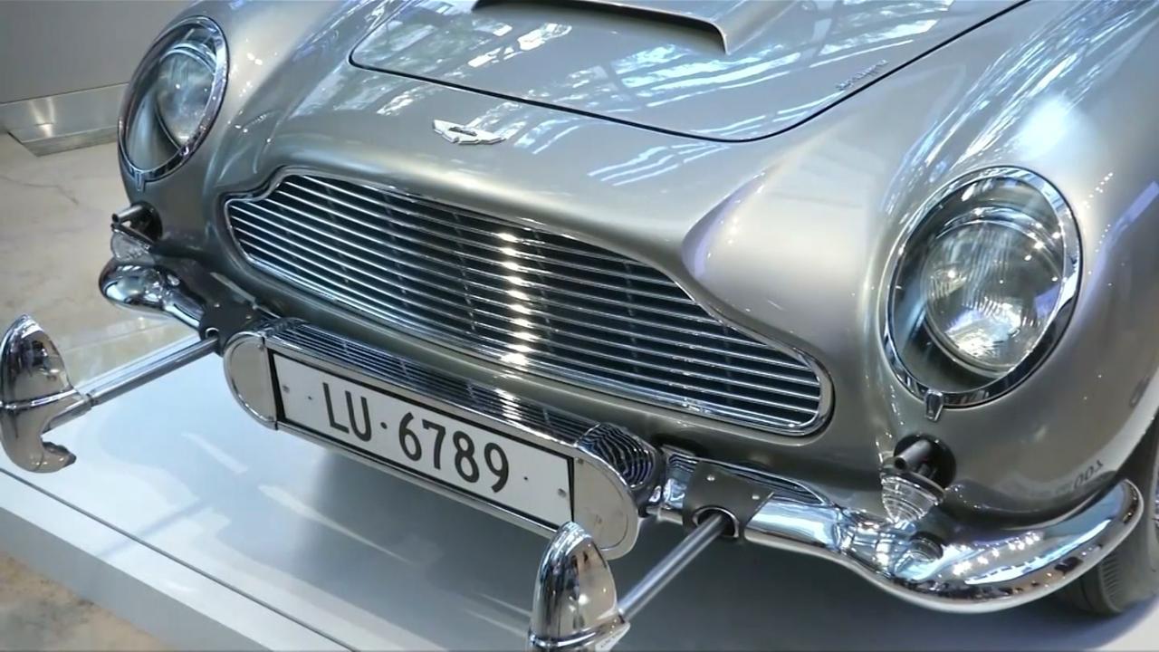 James Bond-auto geveild: De meeste gadgets doen het nog