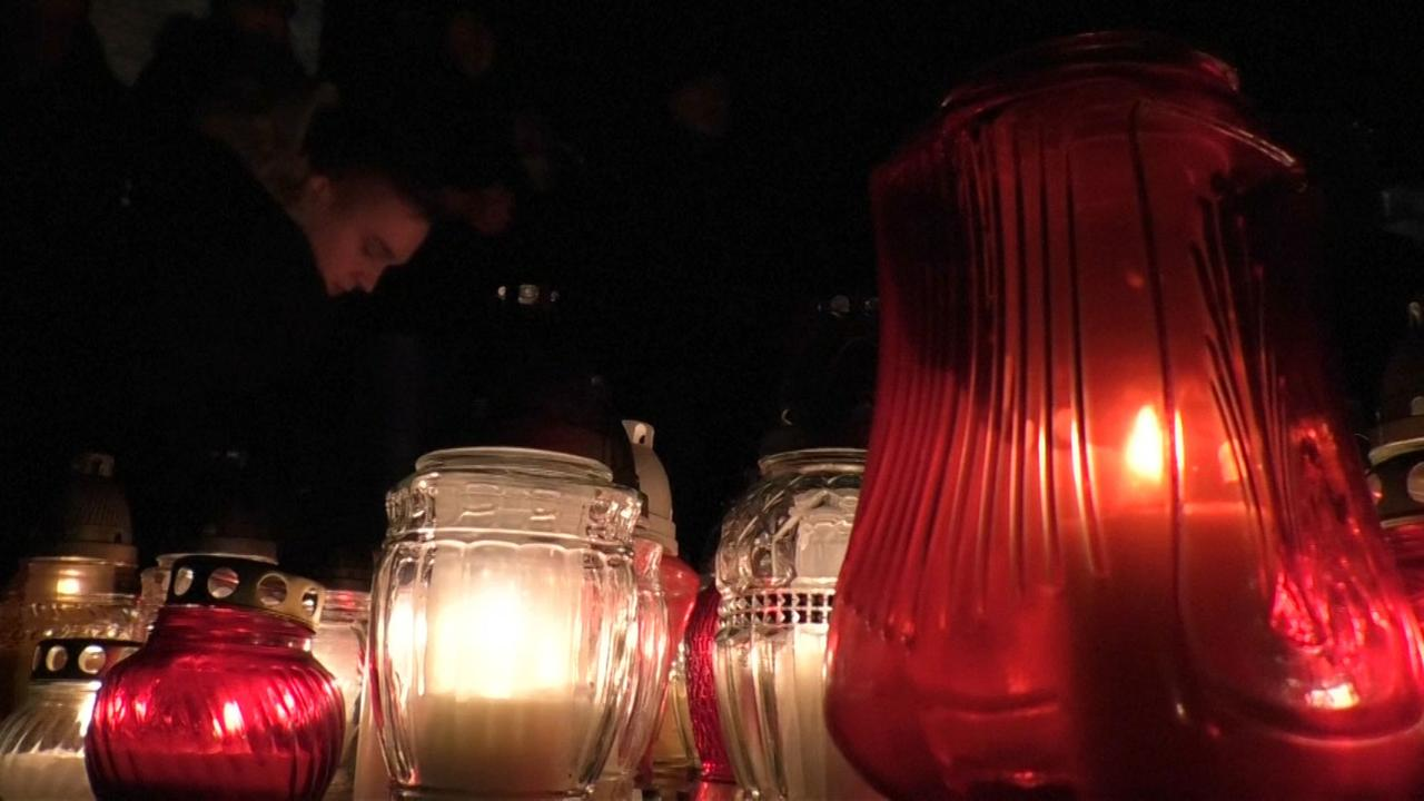 Inwoners Gdansk eren doodgestoken burgemeester