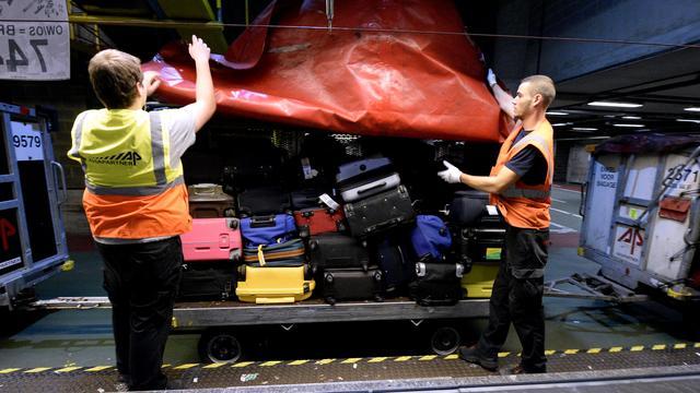 Personeel Aviapartner op Schiphol legt werk opnieuw spontaan neer