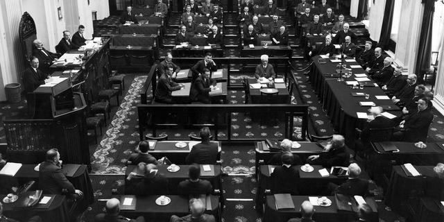 Met zeventien partijen evenaart de Tweede Kamer het record uit 1918