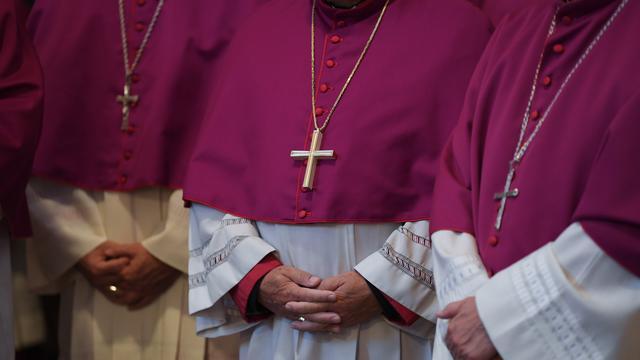 Duitse kardinaal biedt excuses aan voor misbruik katholieke kerk