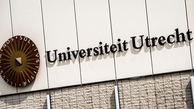 Universiteit Utrecht stapt over op digitale collegekaart