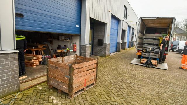 Politie ontmantelt hennepkwekerij aan de Hoorn